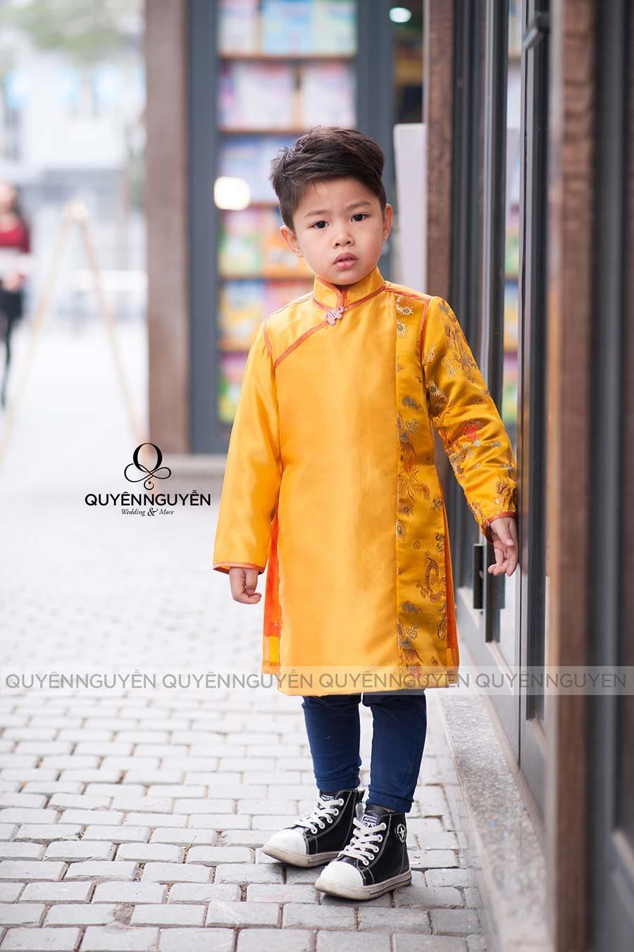 Áo dài bé trai màu vàng AD BTV1430