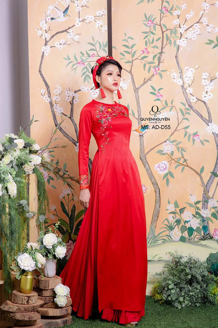 10 mẫu áo dài cưới lụa đỏ truyền thống cho lễ thành hôn