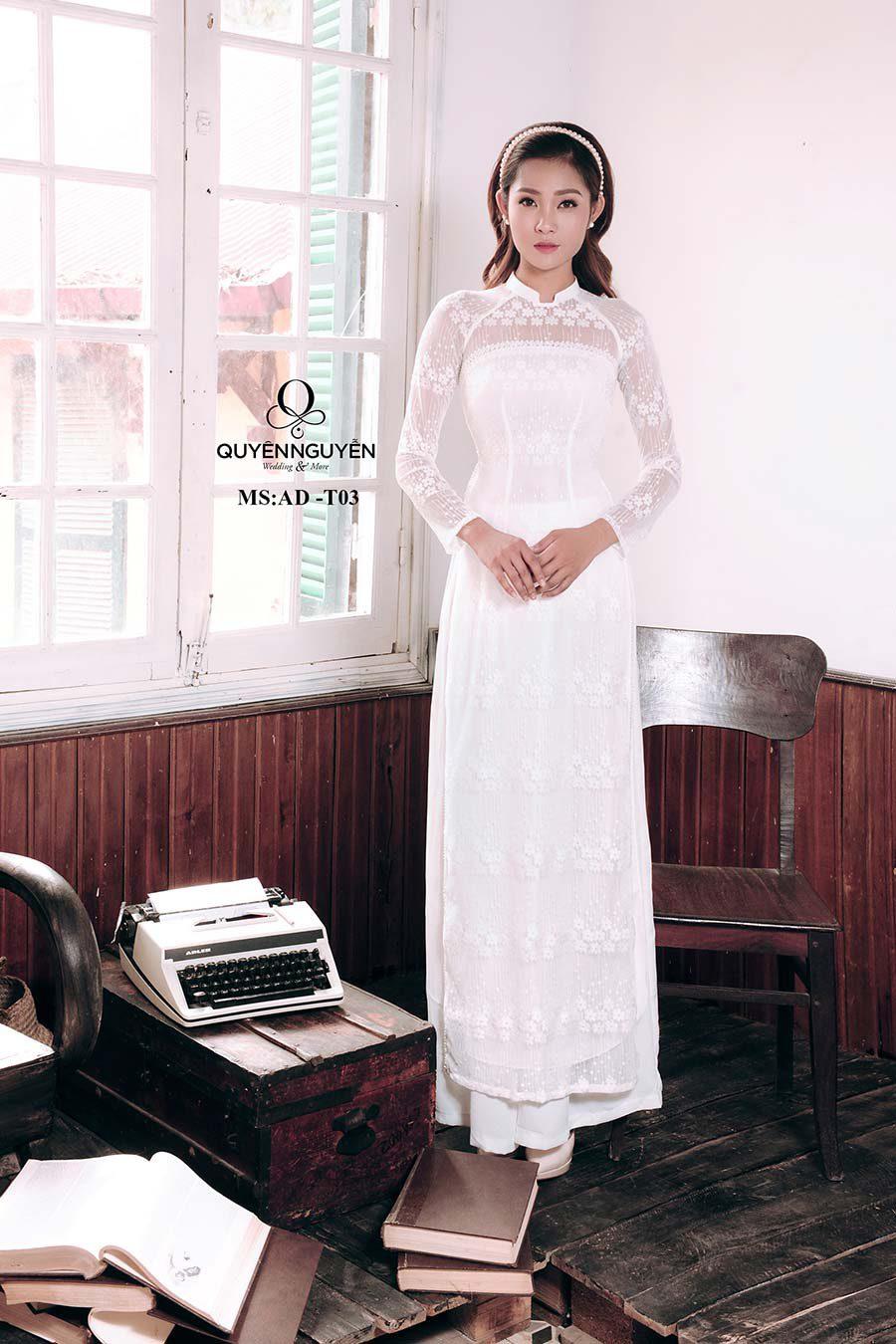 Áo dài trắng ADT03
