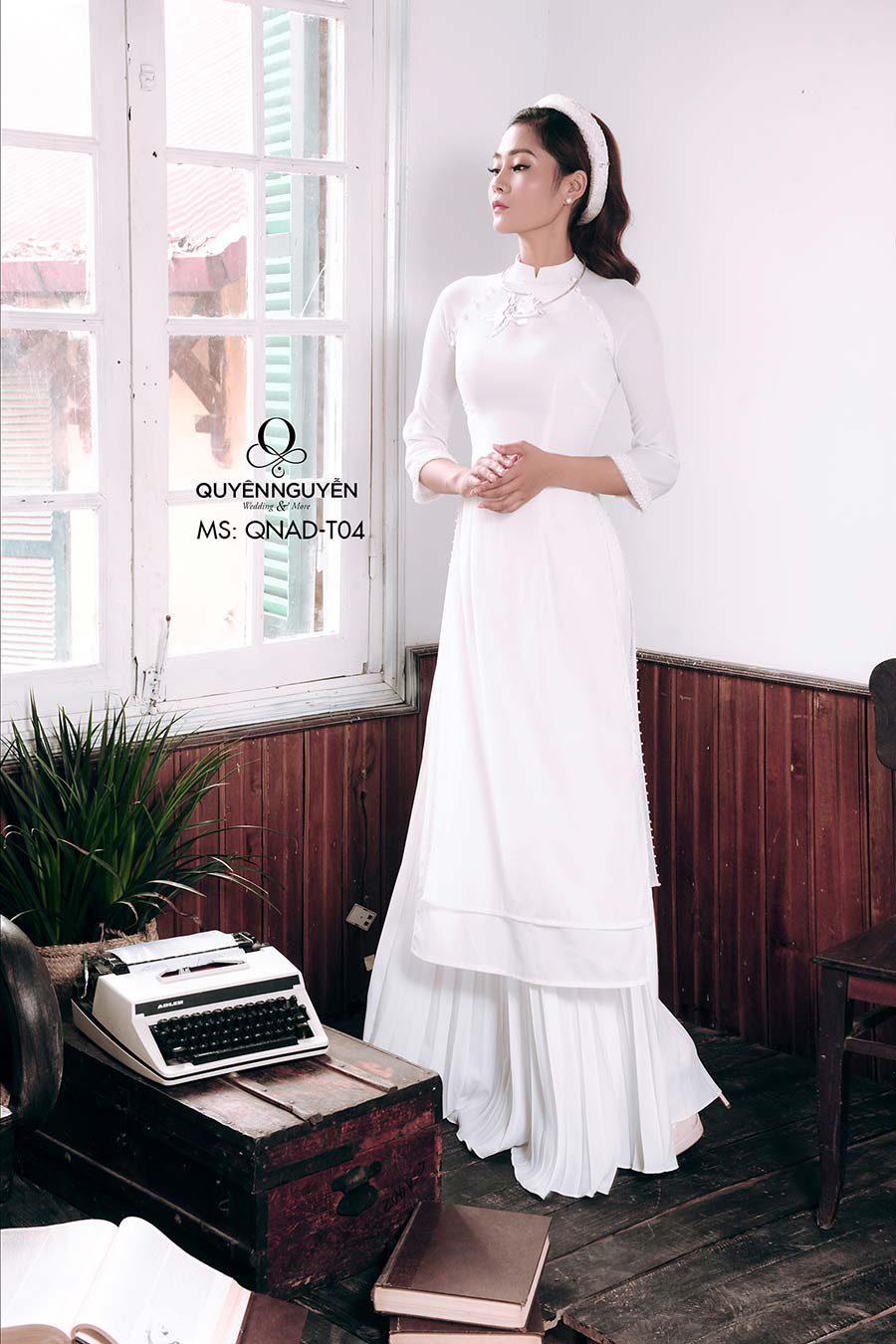 Áo dài trắng ADT04