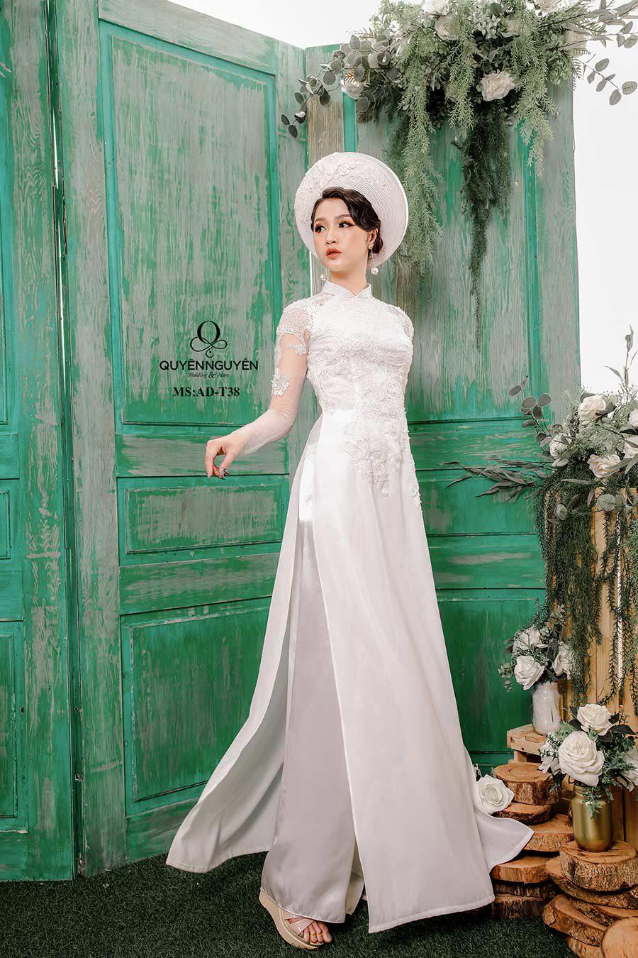 Áo dài trắng ADT38
