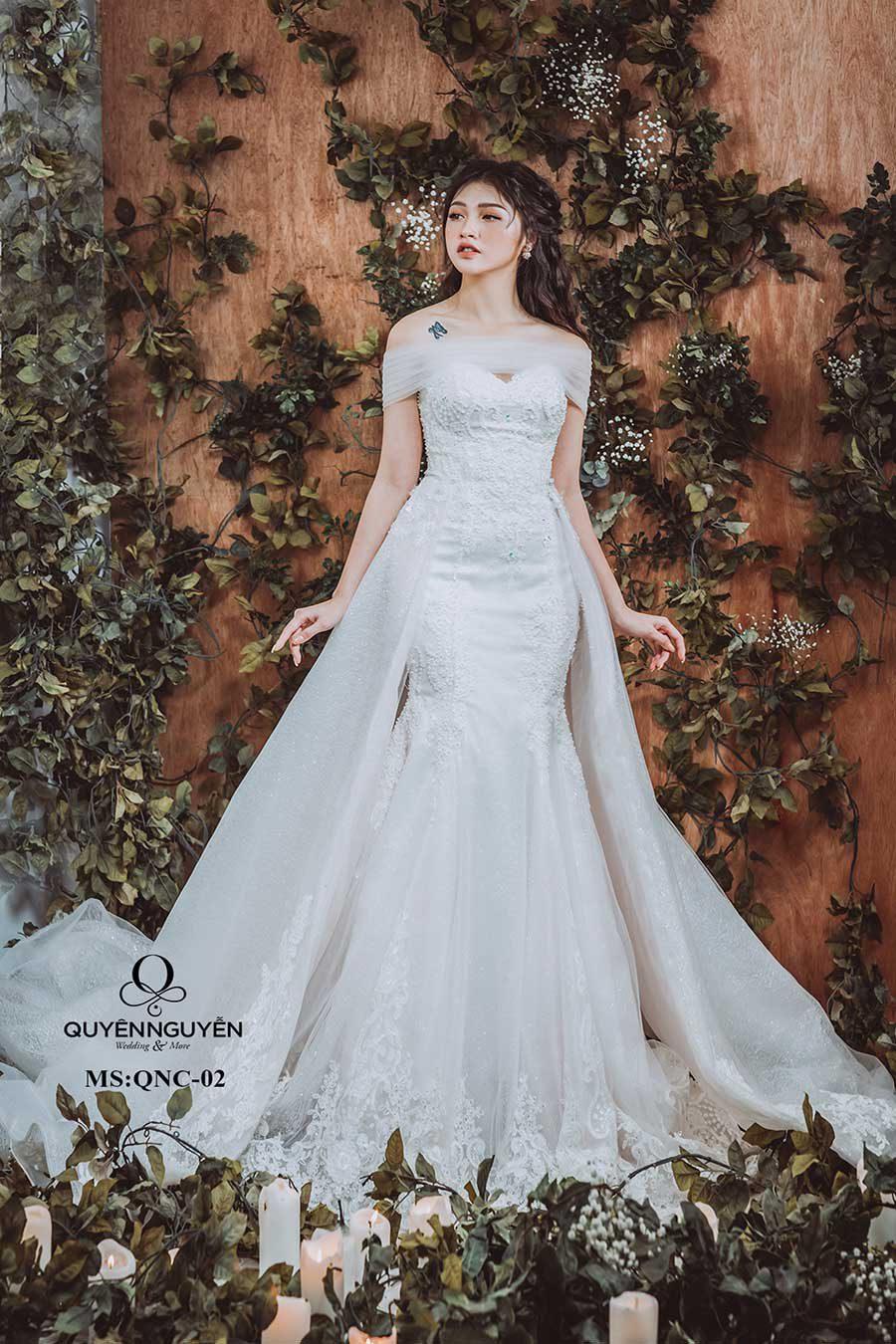 Váy cưới đuôi cá QNC02