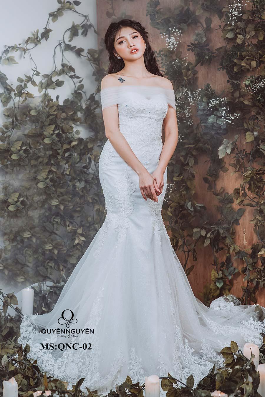 váy cưới đuôi cá QNC02-3