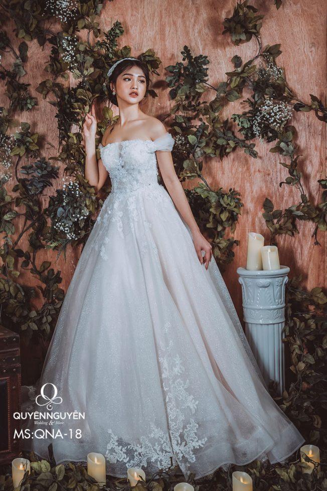 Váy cưới dáng A QNA18