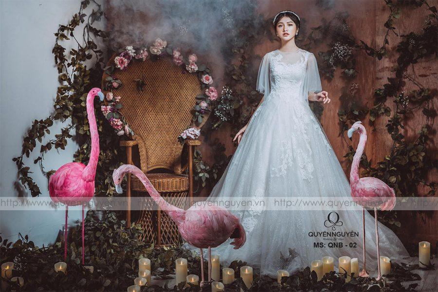 Váy cưới dáng bồng QNB02
