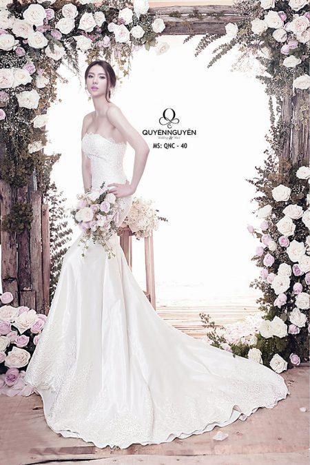 Váy cưới dáng cá QNC 40