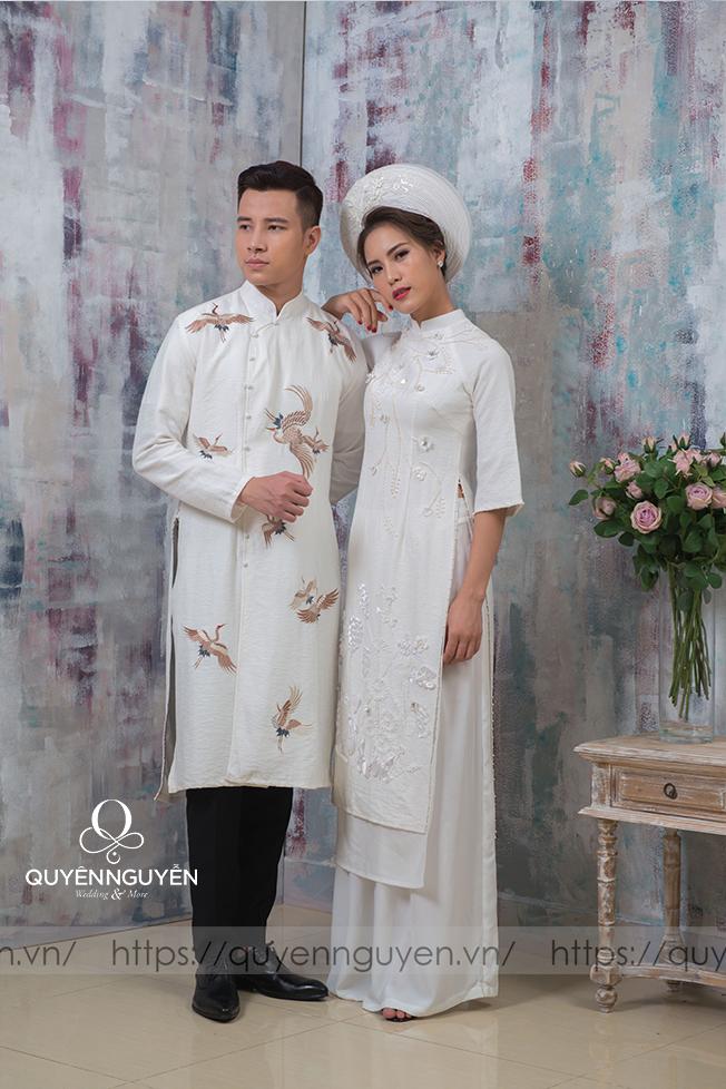 Áo dài đôi màu trắng 01