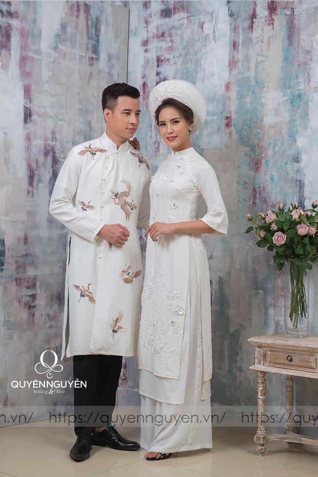 Áo dài đôi màu trắng 02