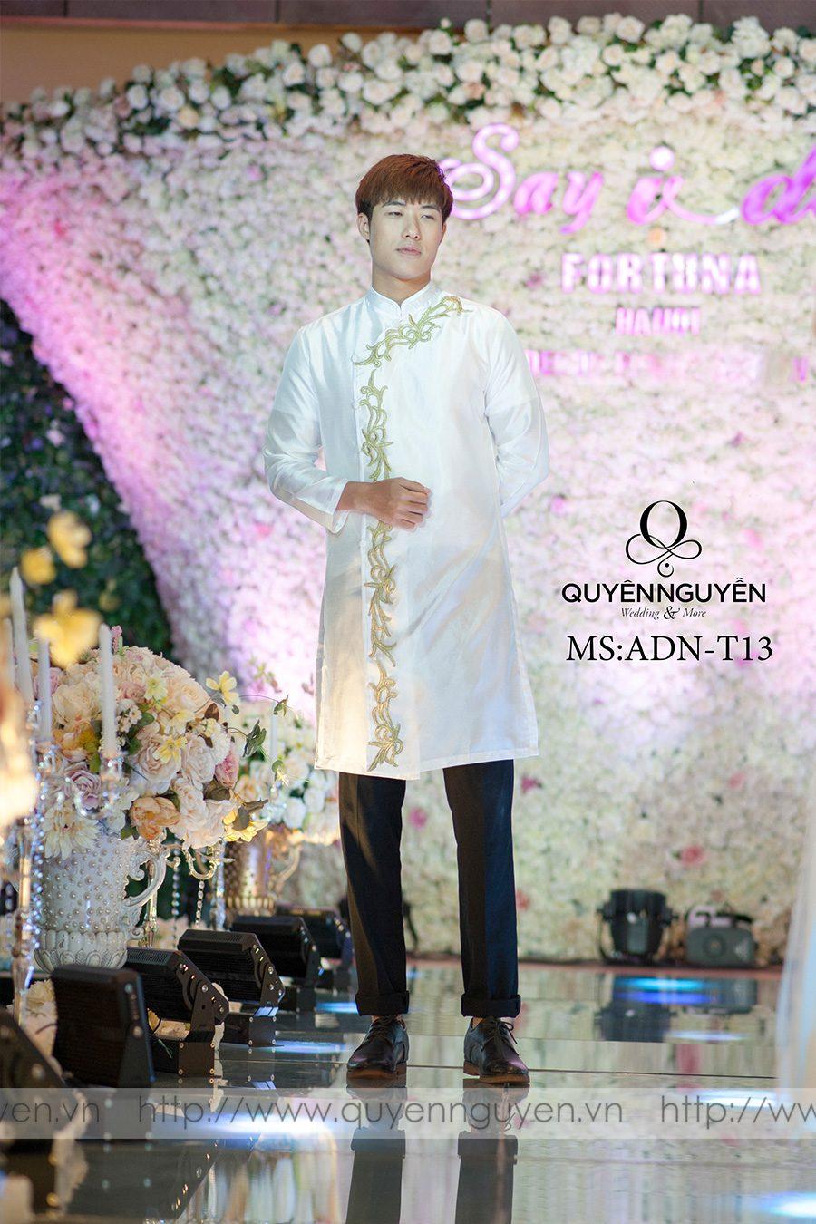 8 mẫu áo dài chú rể màu trắng