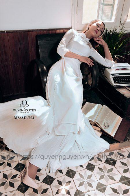 Áo dài trắng AD T04