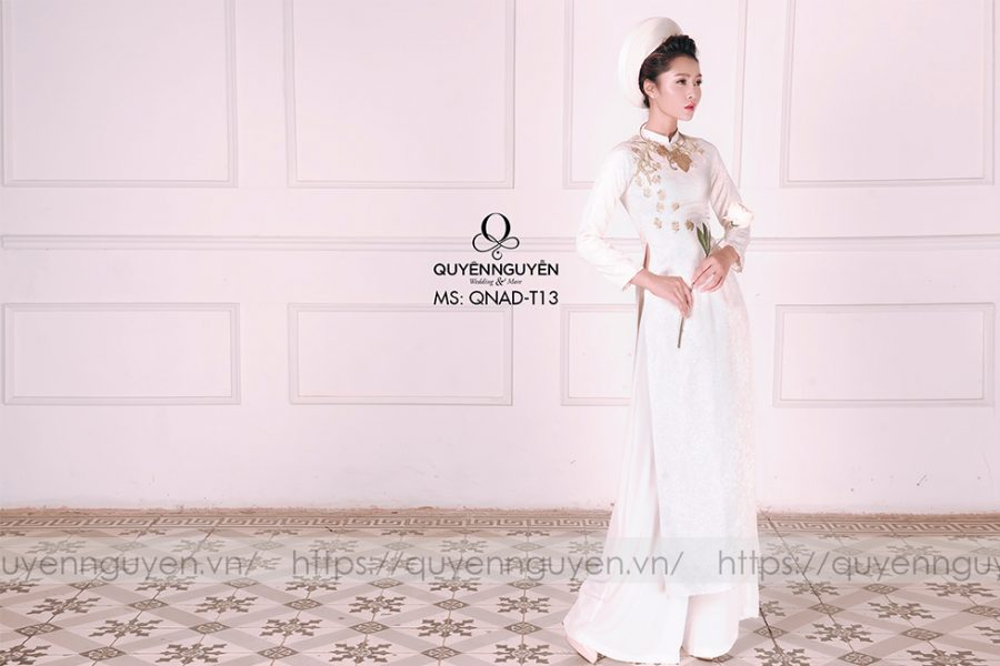 Áo dài trắng AD T13