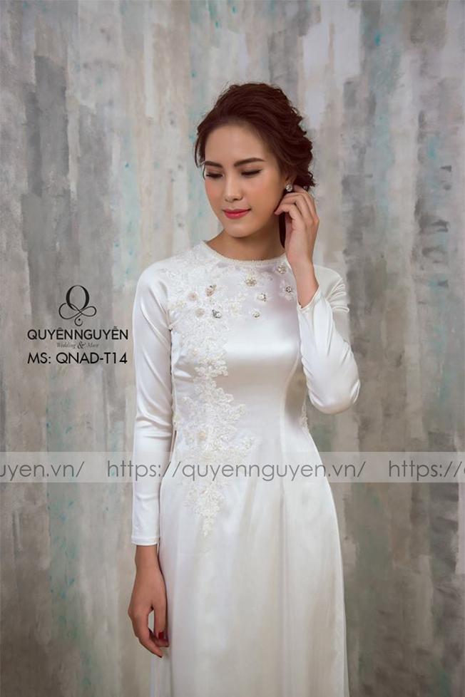 Áo dài trắng AD T14