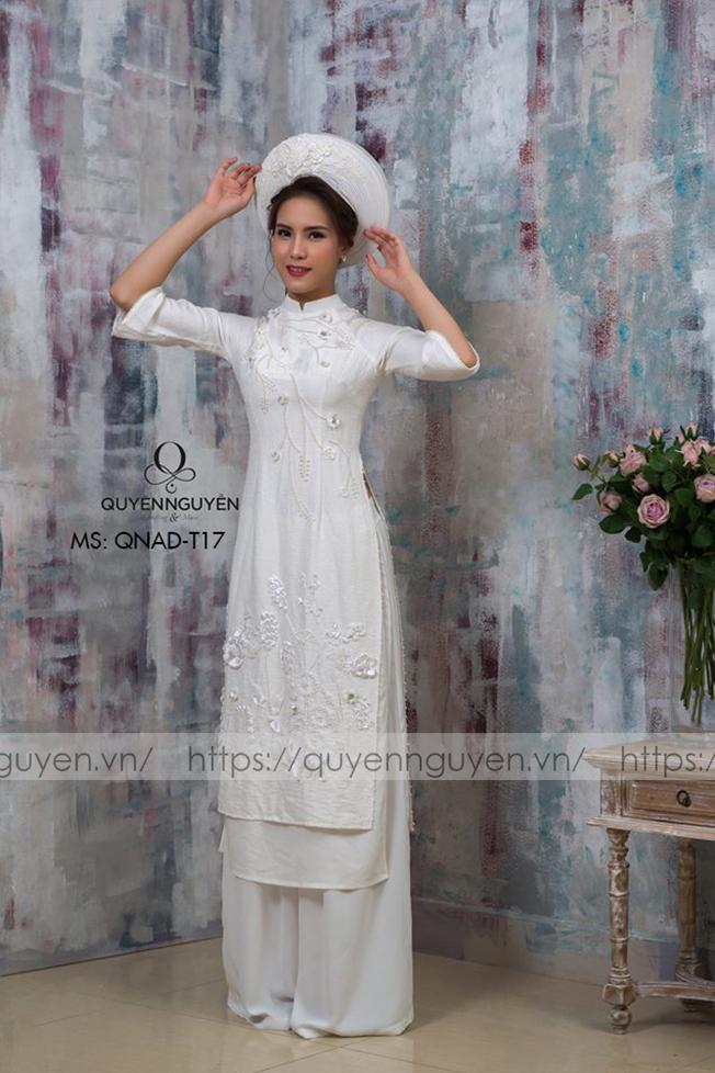 Áo dài trắng AD T17