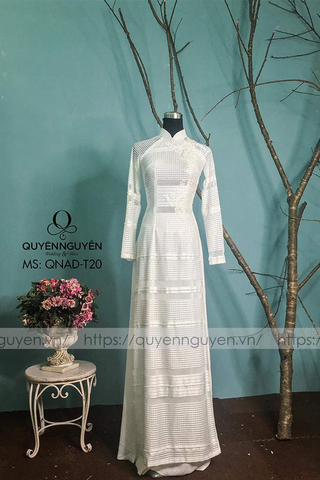 Áo dài trắng AD T20