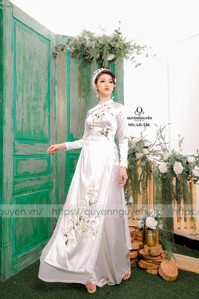 Áo dài trắng AD T36