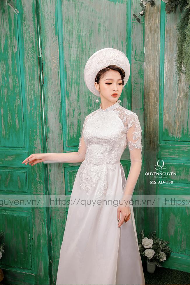Áo dài trắng AD T38