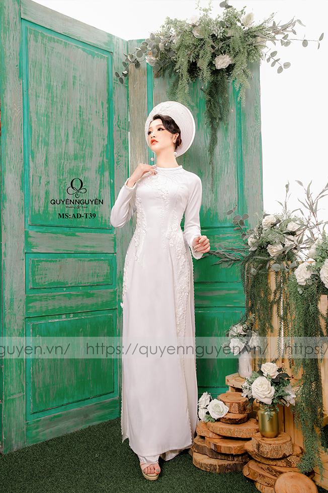 Áo dài trắng AD T39