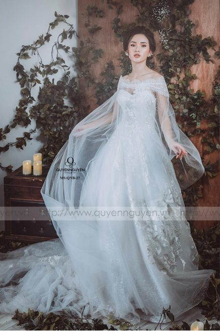 Váy cưới dáng bồng QNB 27