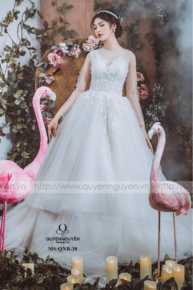 Váy cưới dáng bồng QNB 30