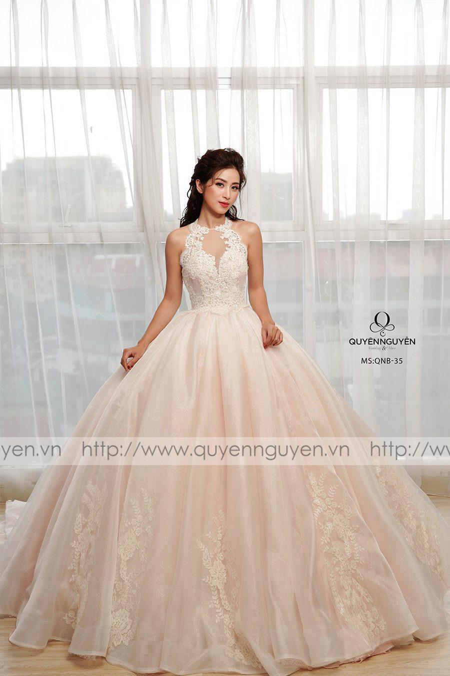 váy cưới dáng bồng QNB 35