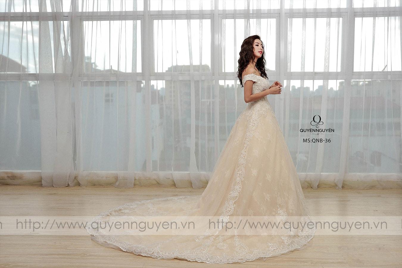 Váy cưới dáng bồng QNB 36