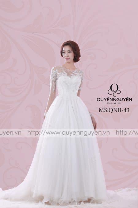 Váy cưới dáng bồng QNB 43