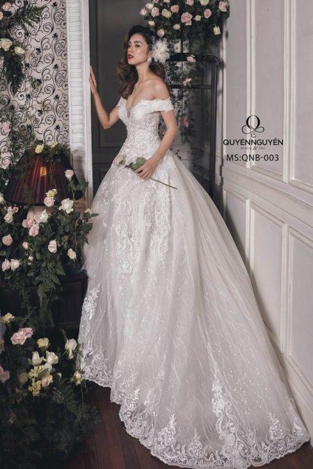 Váy cưới dáng bồng QNB003