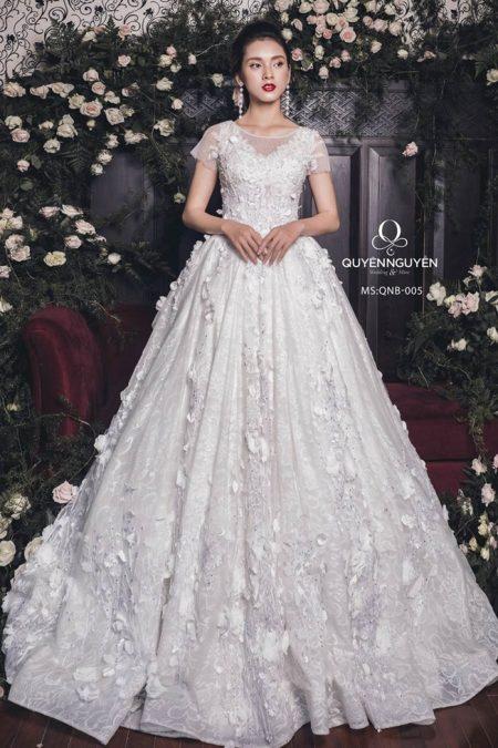Váy cưới dáng bồng QNB 005