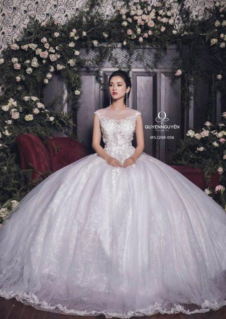 Váy cưới dáng bồng QNB 006