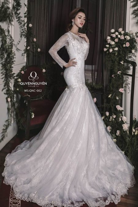 Váy cưới đuôi cá QNC 002