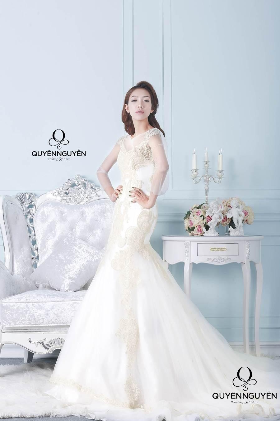 Váy cưới dáng cá
