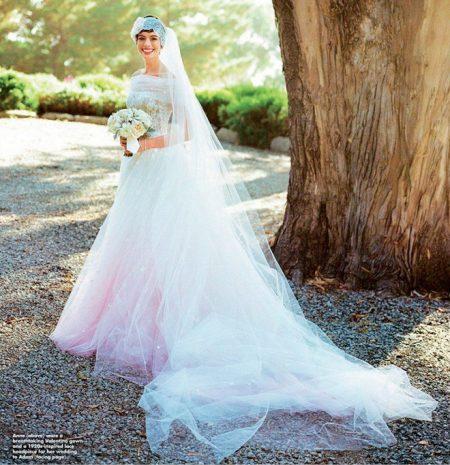 Váy cưới của Anna Hathaway