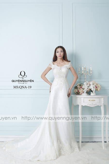 Váy cưới dáng A QNA 19