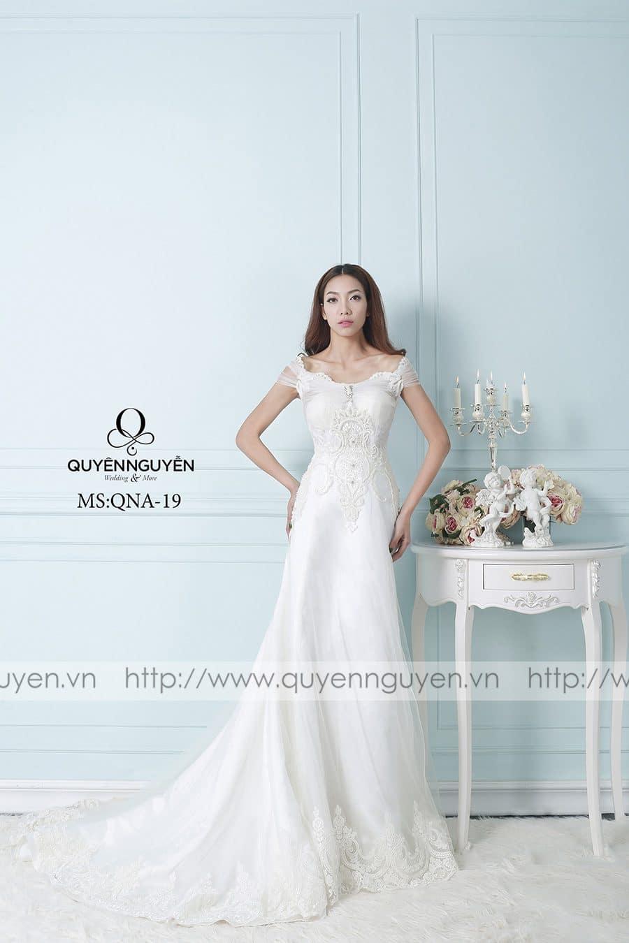 Váy cưới mẫu QNA 19