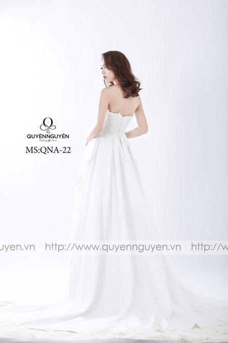 Váy cưới đơn giản dáng A QNA 22