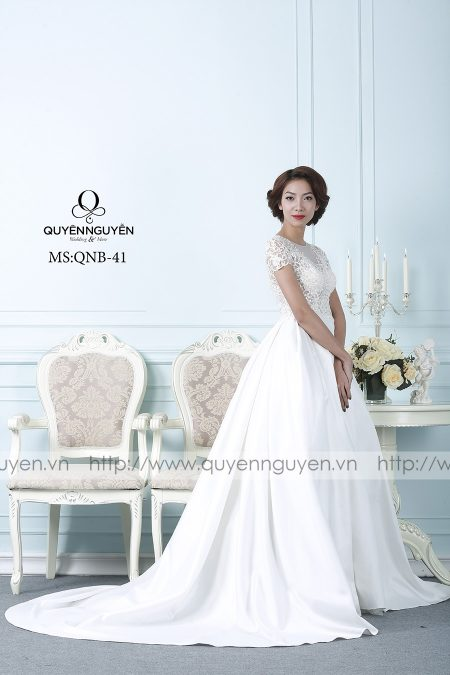 Váy cưới dáng bồng QNB 41