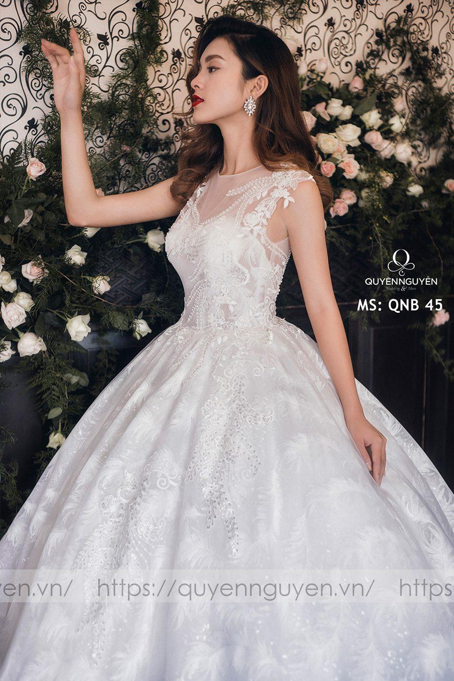 Váy cưới dáng bồng công chúa QNB 45