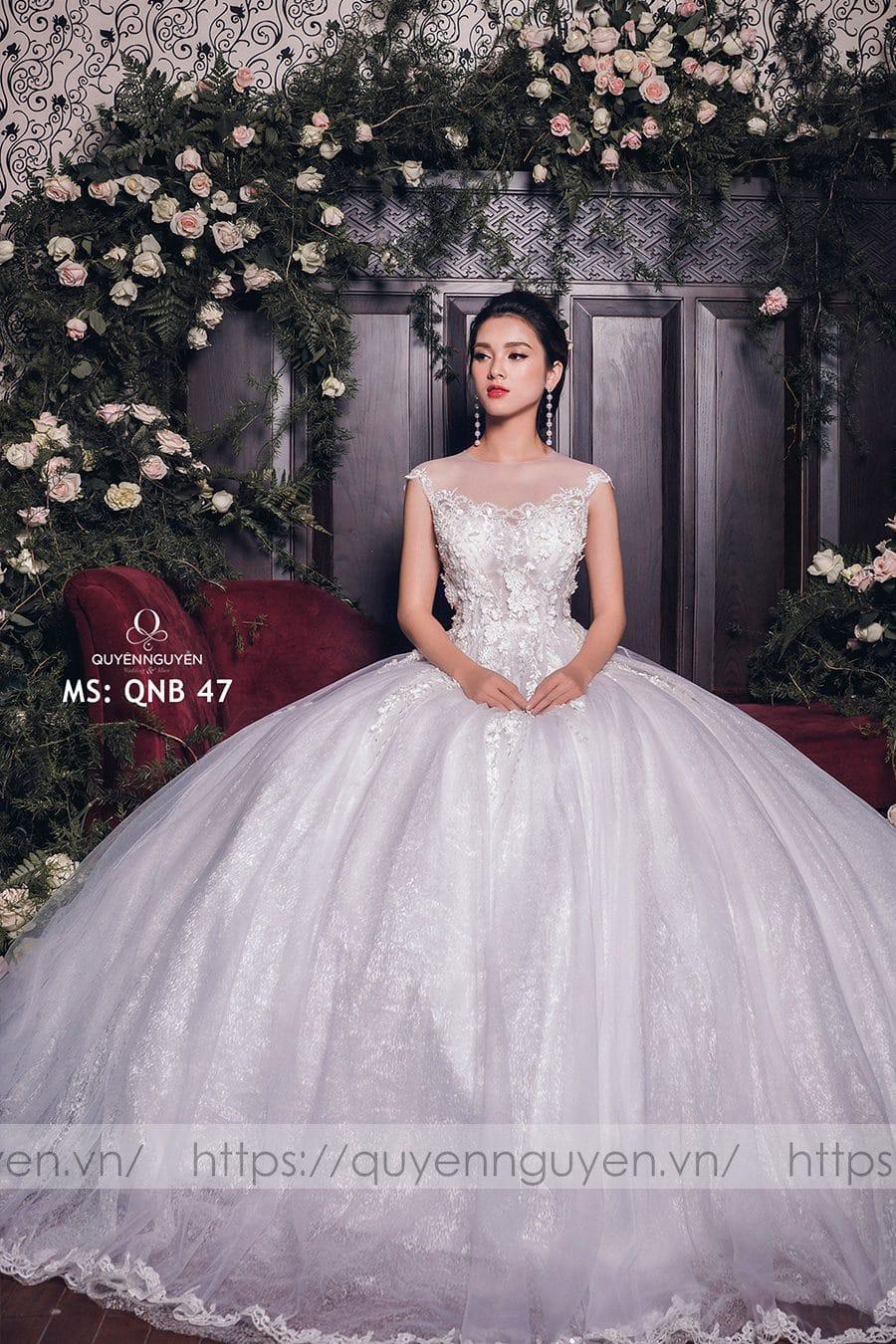Váy cưới dáng bồng công chúa QNB 47