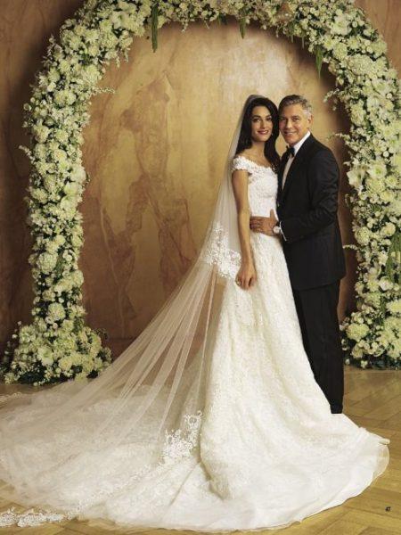 Váy cưới vợ George Clooney