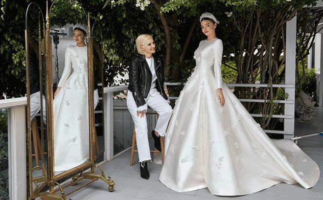 Váy cưới của thiên thần Miranda Kerr