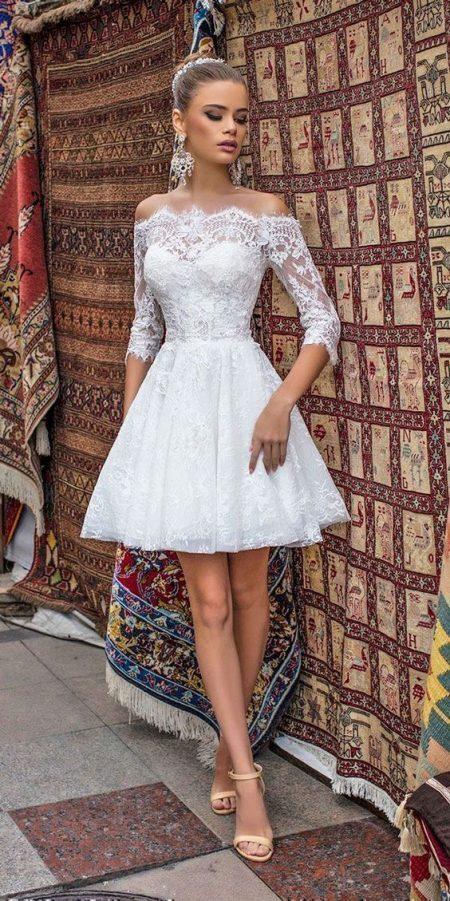 Váy cưới ngắn Bohemian