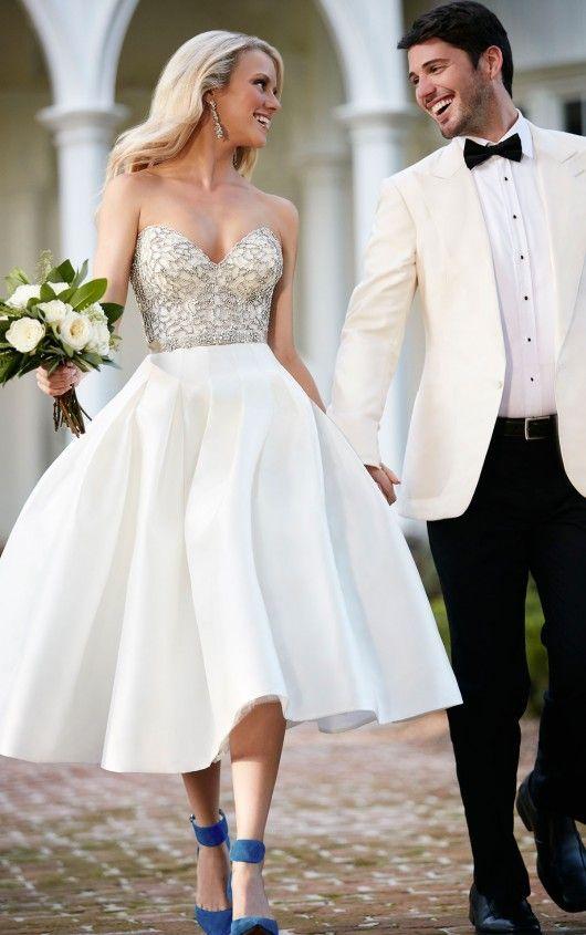 Váy cưới ngắn cúp ngực