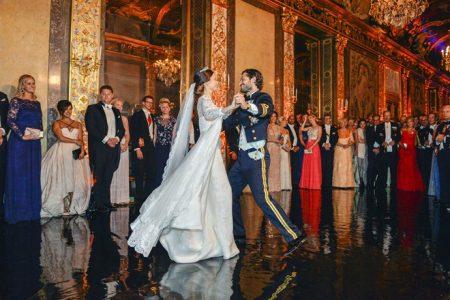Váy cưới công chúa Thụy Điển