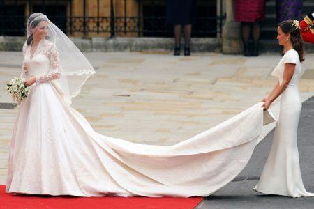 Váy cưới công nương Anh Mindeton