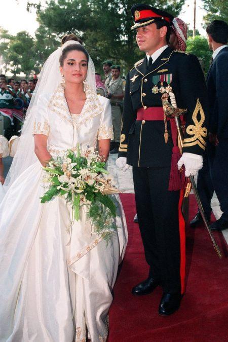 Váy cưới nữ hoàng jordan
