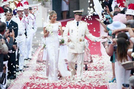 Váy cưới vương phi Monaco