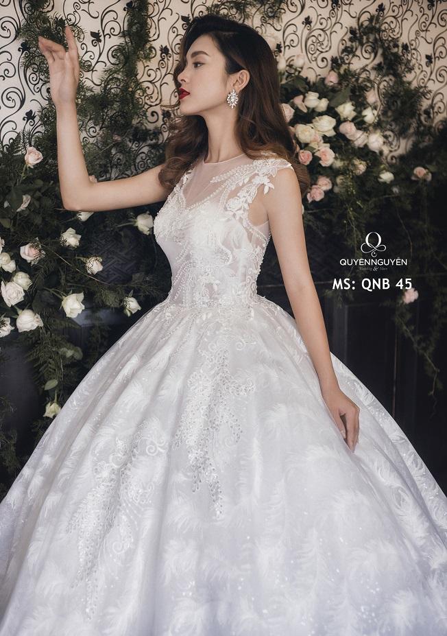 Váy cưới dáng bồng QNB 45