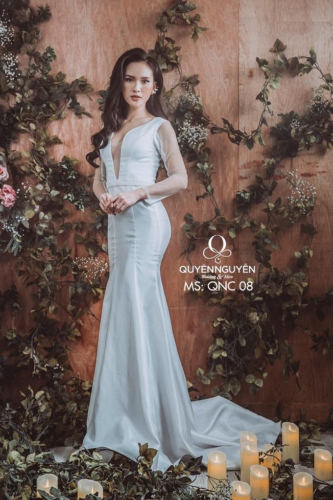 Váy cưới đuôi cá QNC 08