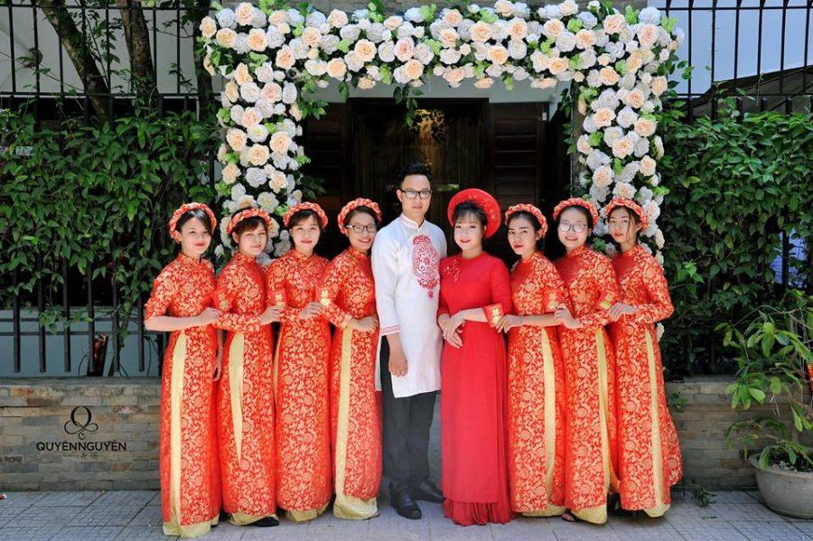 Áo dài cưới cho cô dâu chú rể