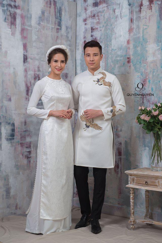 Áo dài đôi màu trắng cổ điển